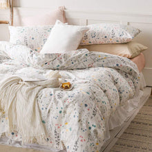 Load image into Gallery viewer, The Floral White Bed Set - Tapestry Girls