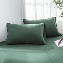 Load image into Gallery viewer, The Loft Green Pillow Case Set - Tapestry Girls
