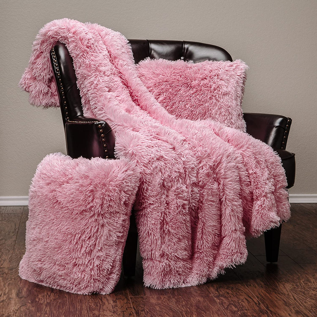 Pink Fur Throw and Pillow Set - Tapestry Girls