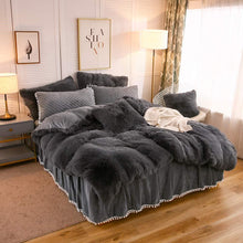 Load image into Gallery viewer, The Softy Dark Gray Bed Set - Tapestry Girls