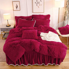 Load image into Gallery viewer, Softy Red Bed Set - Tapestry Girls
