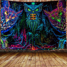 Load image into Gallery viewer, The Psychedelic Owl Tapestry - Tapestry Girls