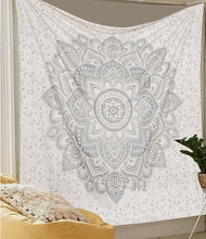 Load image into Gallery viewer, White Ombre Tapestry - Tapestry Girls