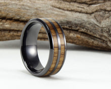 Load image into Gallery viewer, Black Ceramic Whiskey Barrel Ring