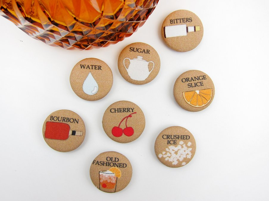 How to Make an Old Fashioned Fabric Magnet Set