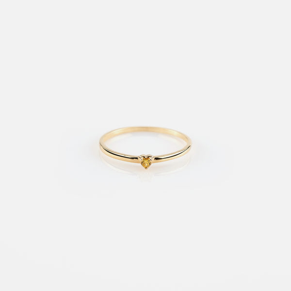 Festive Offer for 18k yellow gold ring with zircon