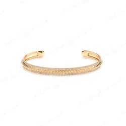 Hab El Hayl Bangle in Yellow Gold with Diamonds