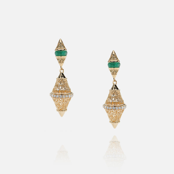 Al Merriyah mood colour earrings in 18k yelow gold with emerald and diamonds