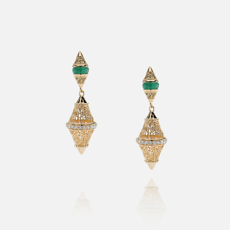 Al Merriyah mood colour earrings in 18k yelow gold with emerald and diamonds - Al Zain Jewellery
