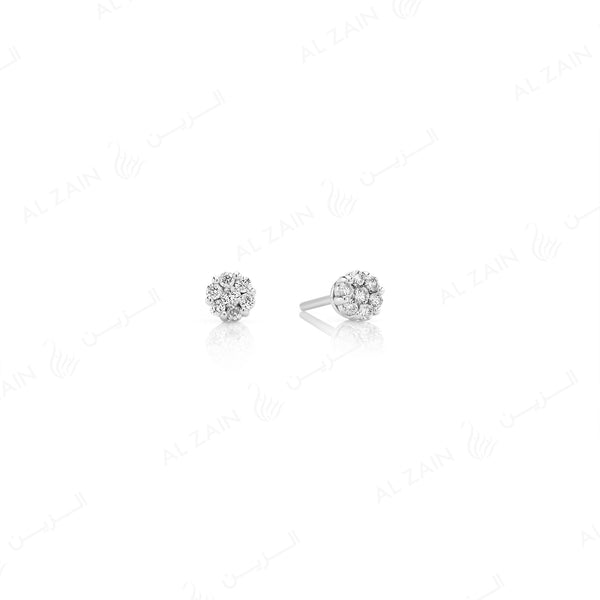 18k White gold stud earrings in round cut illusion set diamonds