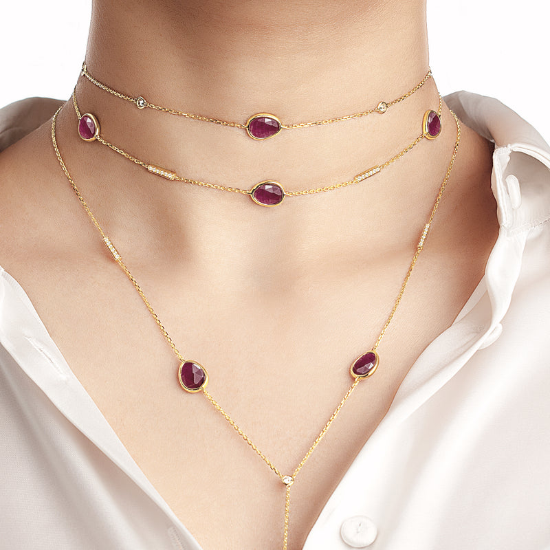 Precious Nina Choker in 18k yellow gold with Ruby stones and diamonds
