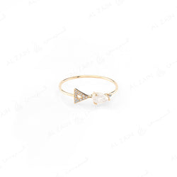 Melati triangle ring in Yellow Gold with Moon Stone and Diamonds