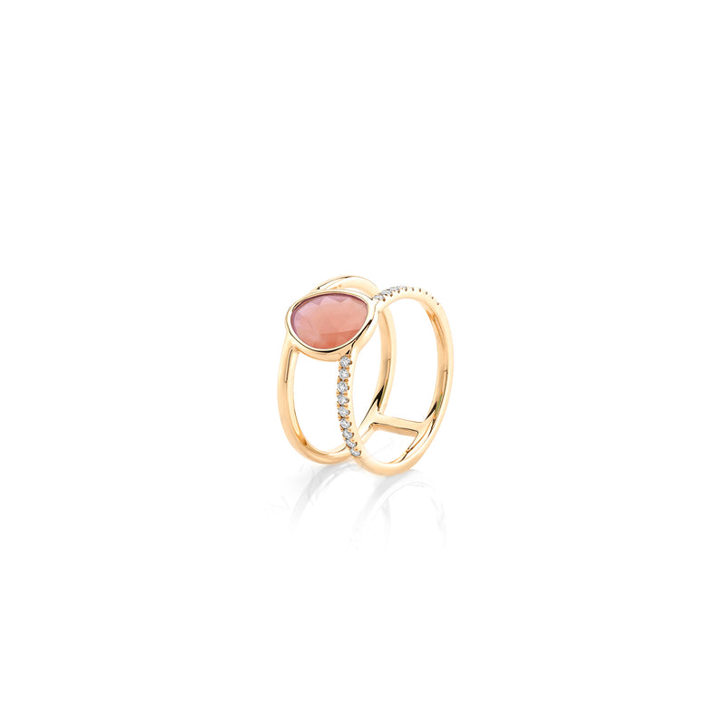 Simply Nina ring in 18k yellow gold with Opal stone and diamonds