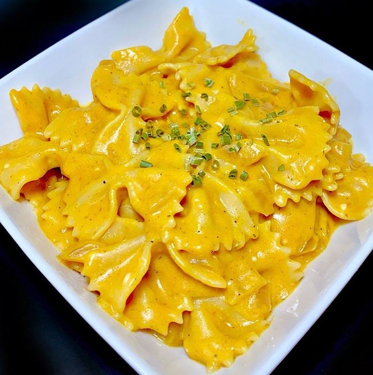One Pot Cheesy Pumpkin Pasta