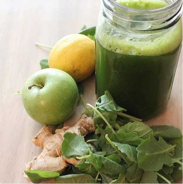 Fresh Lemon Ginger Kale Juice