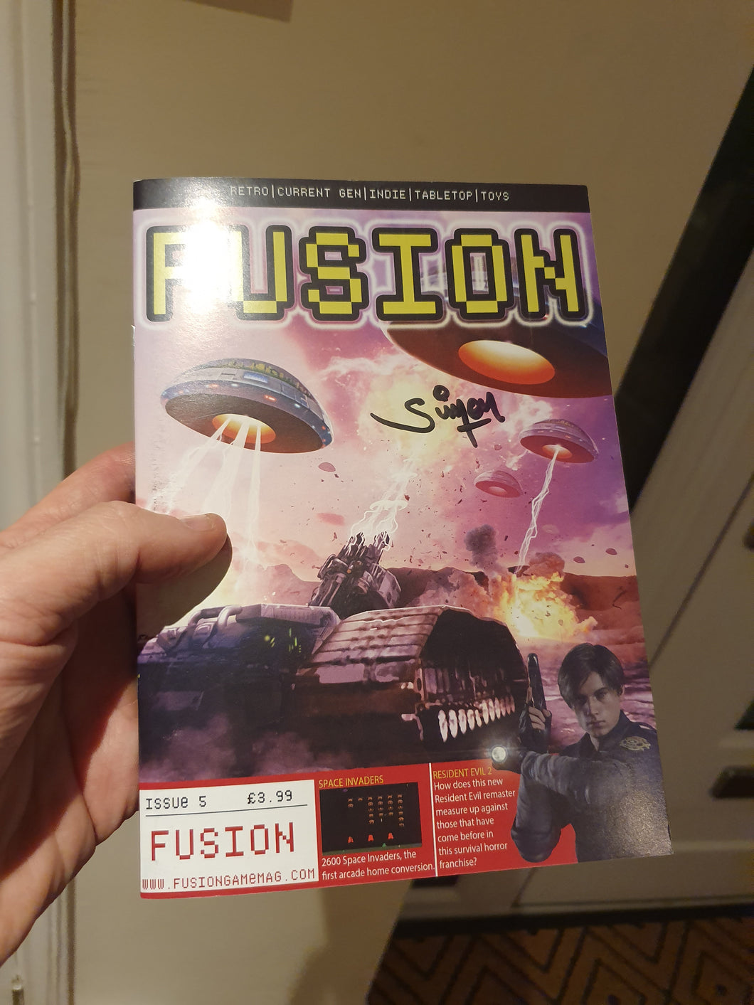 Fusion Issue 5 - signed by Simon Butler