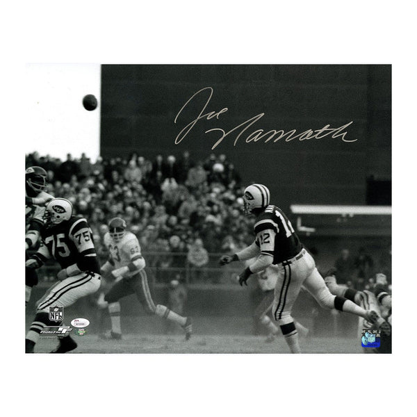 Joe Namath Signed Photograph