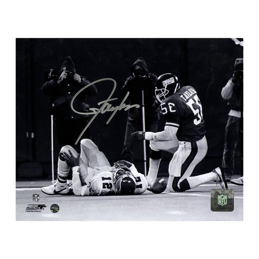 Vintage Lawrence Taylor Signed Photograph
