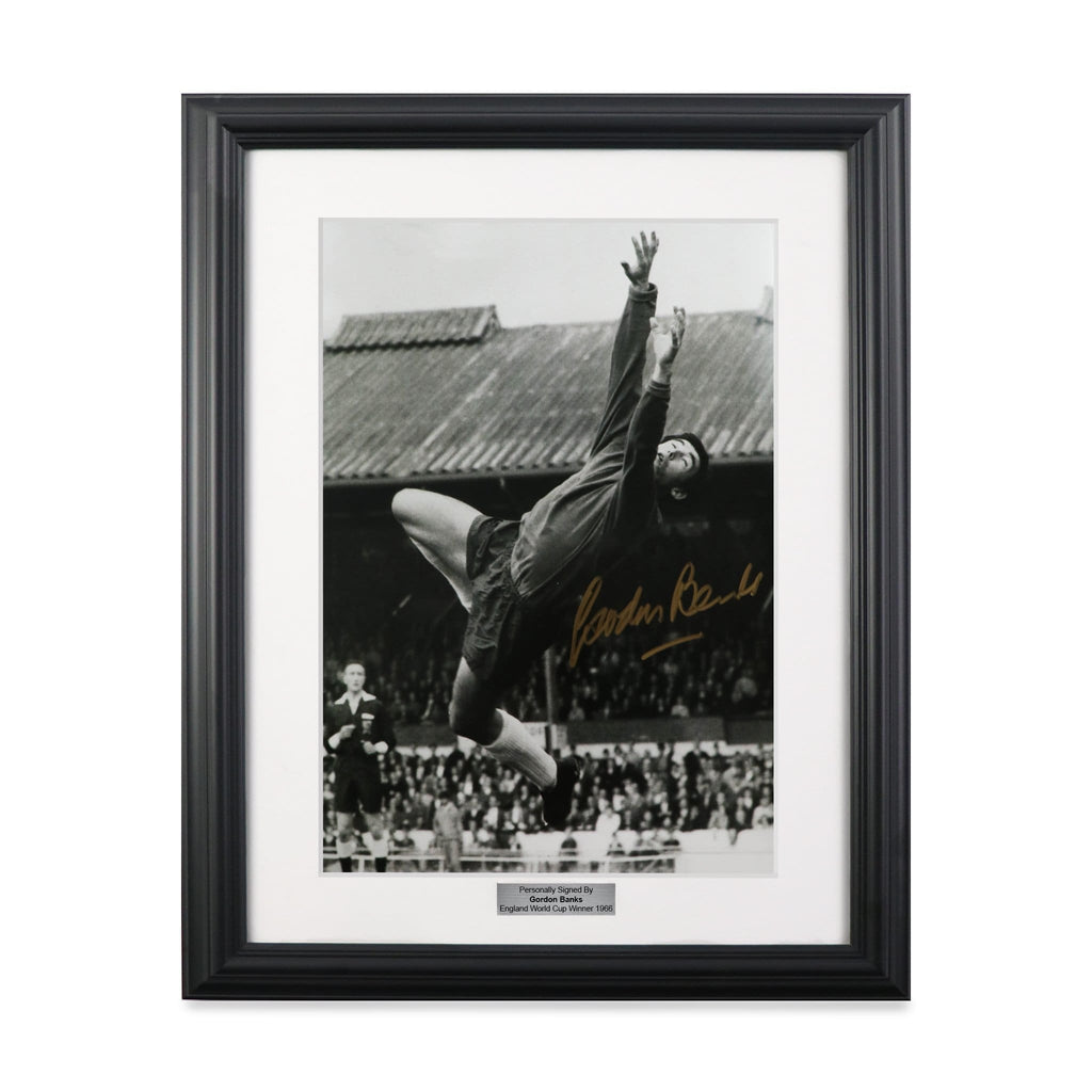 Gordon Banks Diving Save World Cup Signed Photo