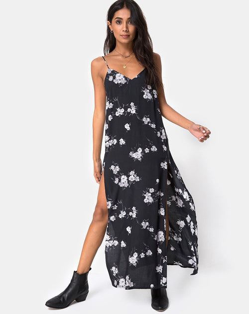 Hime Maxi Dress in Mono Flower Black by Motel