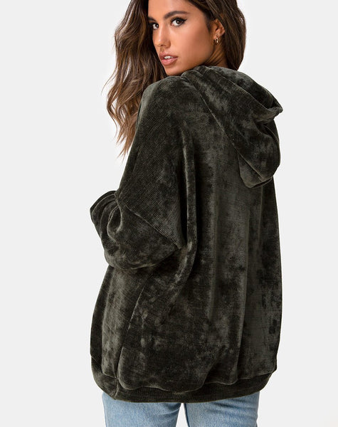 Oversize Hoody in Chenille Olive by Motel