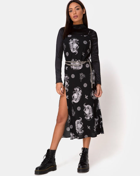 Quinty Maxi Dress in Dragon Black by Motel
