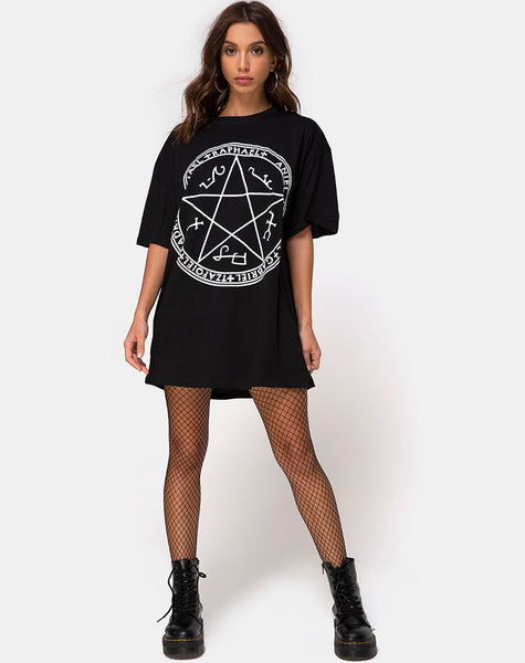 Sunny Kiss Tee in Black Devil Trap by Motel