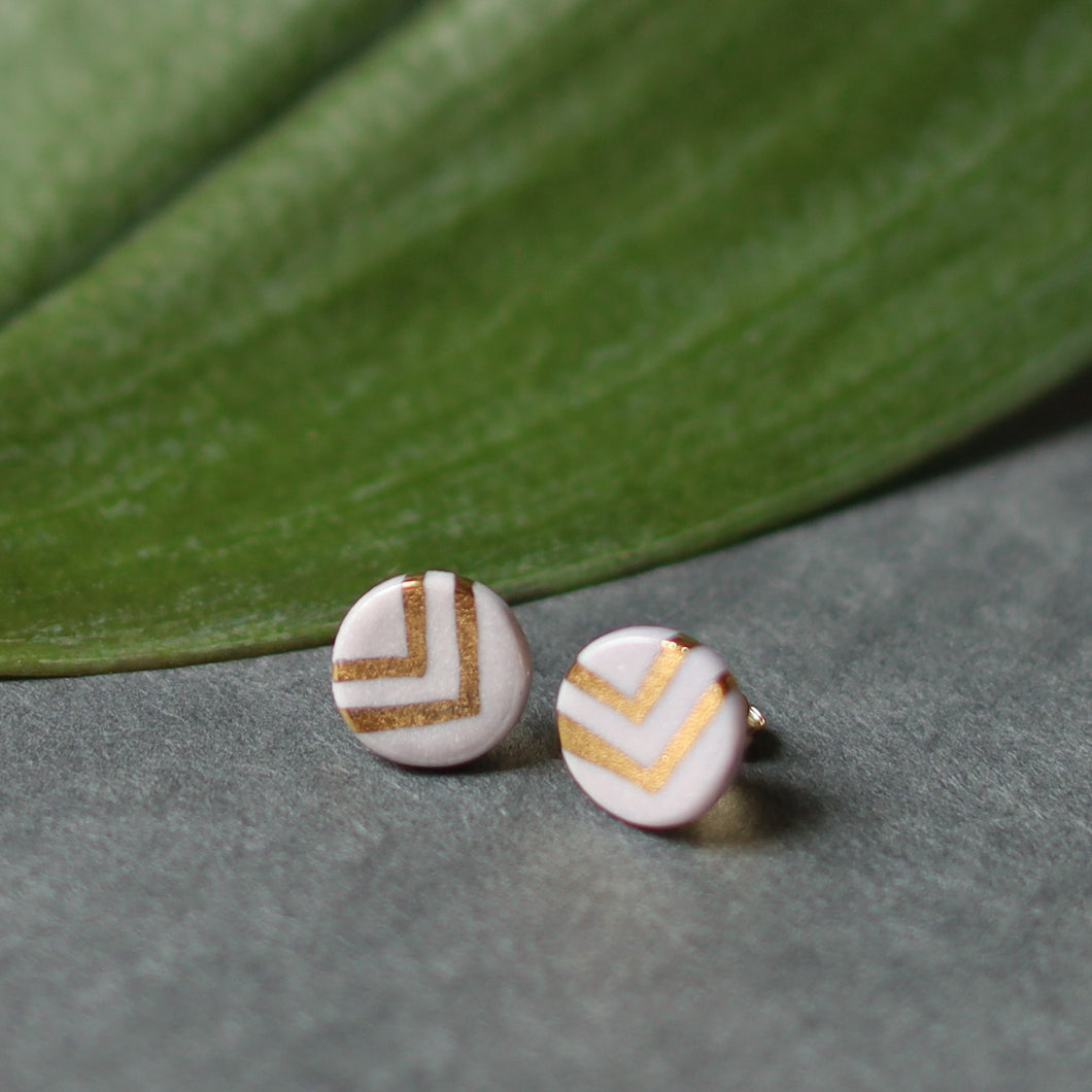 granite - lavender studs with gold chevron