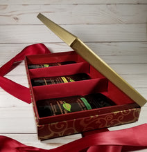 Load image into Gallery viewer, Loose Leaf Tea Gift Set - Elegant Red - Side View