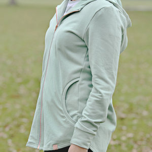 Harlyn hoody side view sage