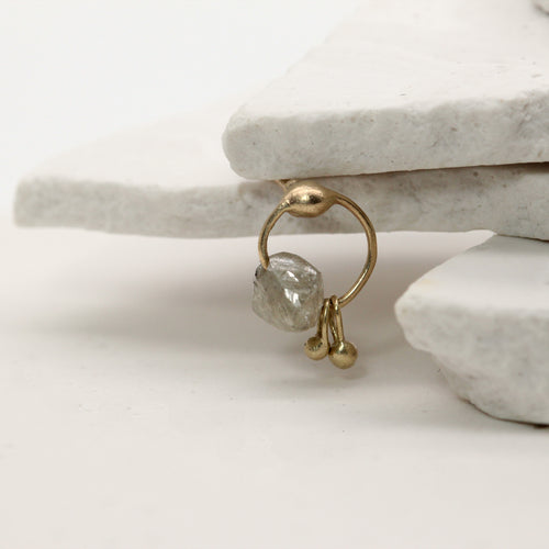 Modern Ancients single rough diamond ear stud in yellow gold