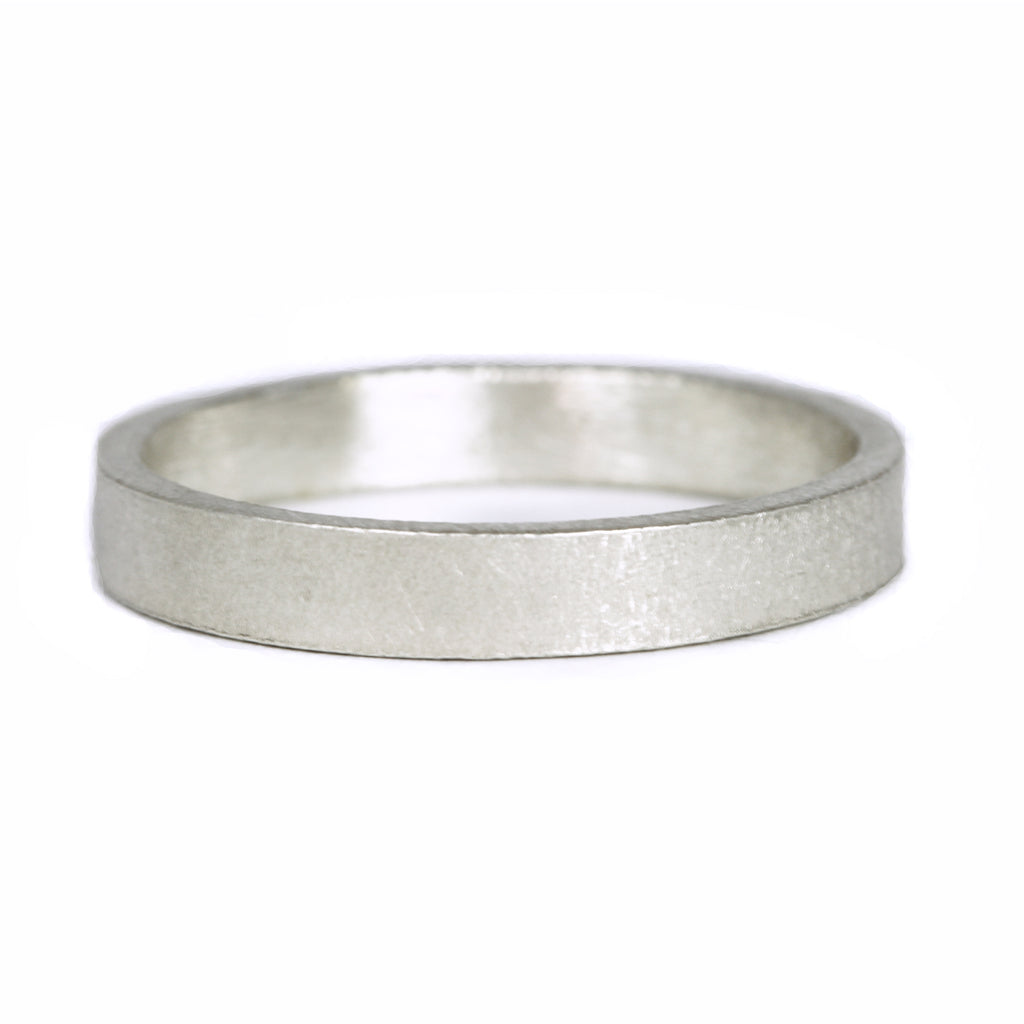 Mens flat wedding ring 9ct white gold