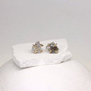 Claw set rough diamond stud earrings in yellow gold by Tamara Gomez