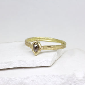 Rough diamond ring in yellow gold