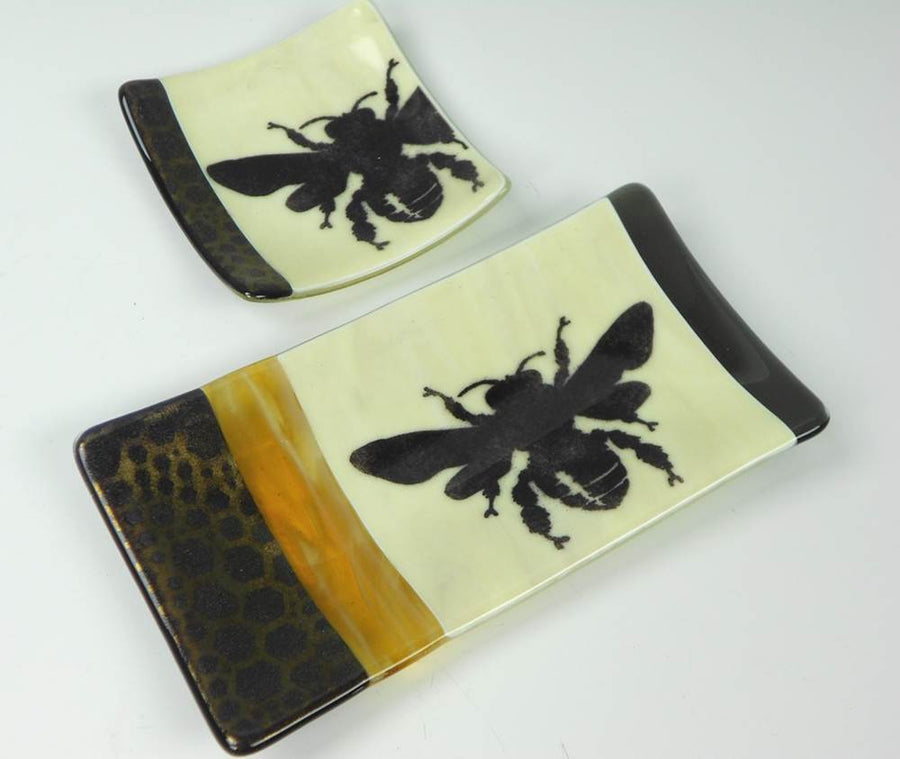 Bee Dishes