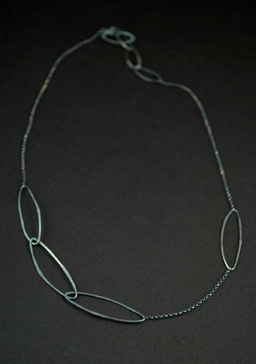 Dark Willow Necklace