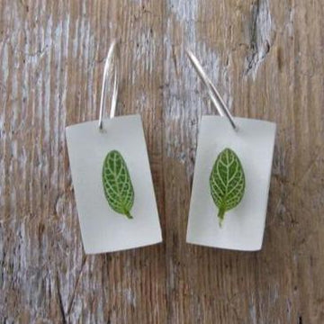 Nerve Leaves Earrings