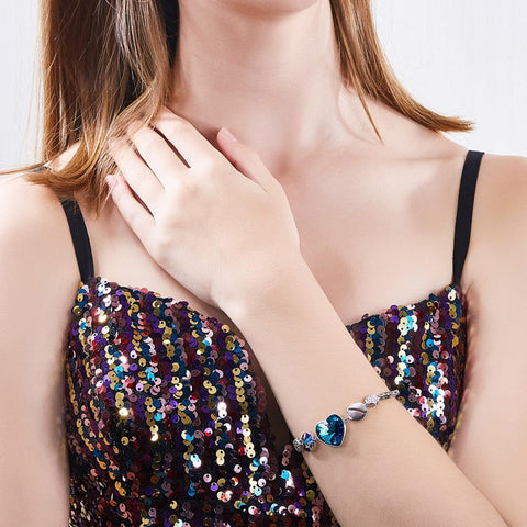 Swarovski Crystal Heart Bracelet - Looker Gifts