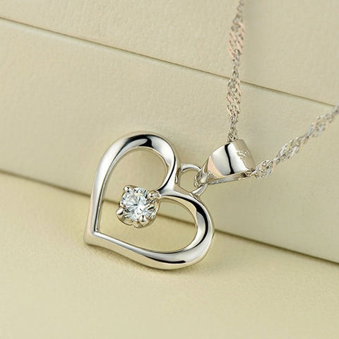 Hollow Heart Necklace - Looker Gifts