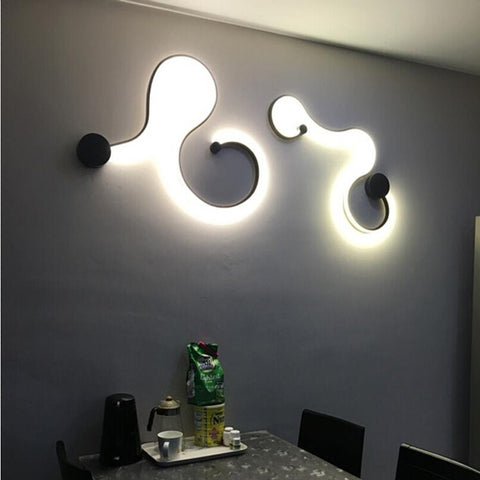 LED Snake Wall Lamps - Looker Gifts