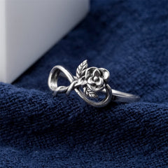 Classic Beauty Rose Leaf Ring