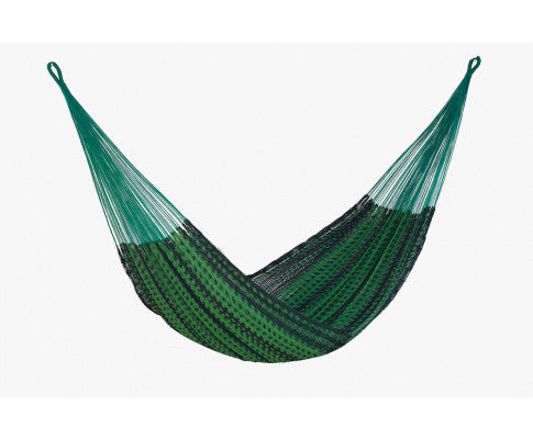 Full View of the Outdoor Cotton Hammock in Jardin