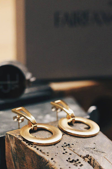 By Fairfax & Roberts Gold earrings