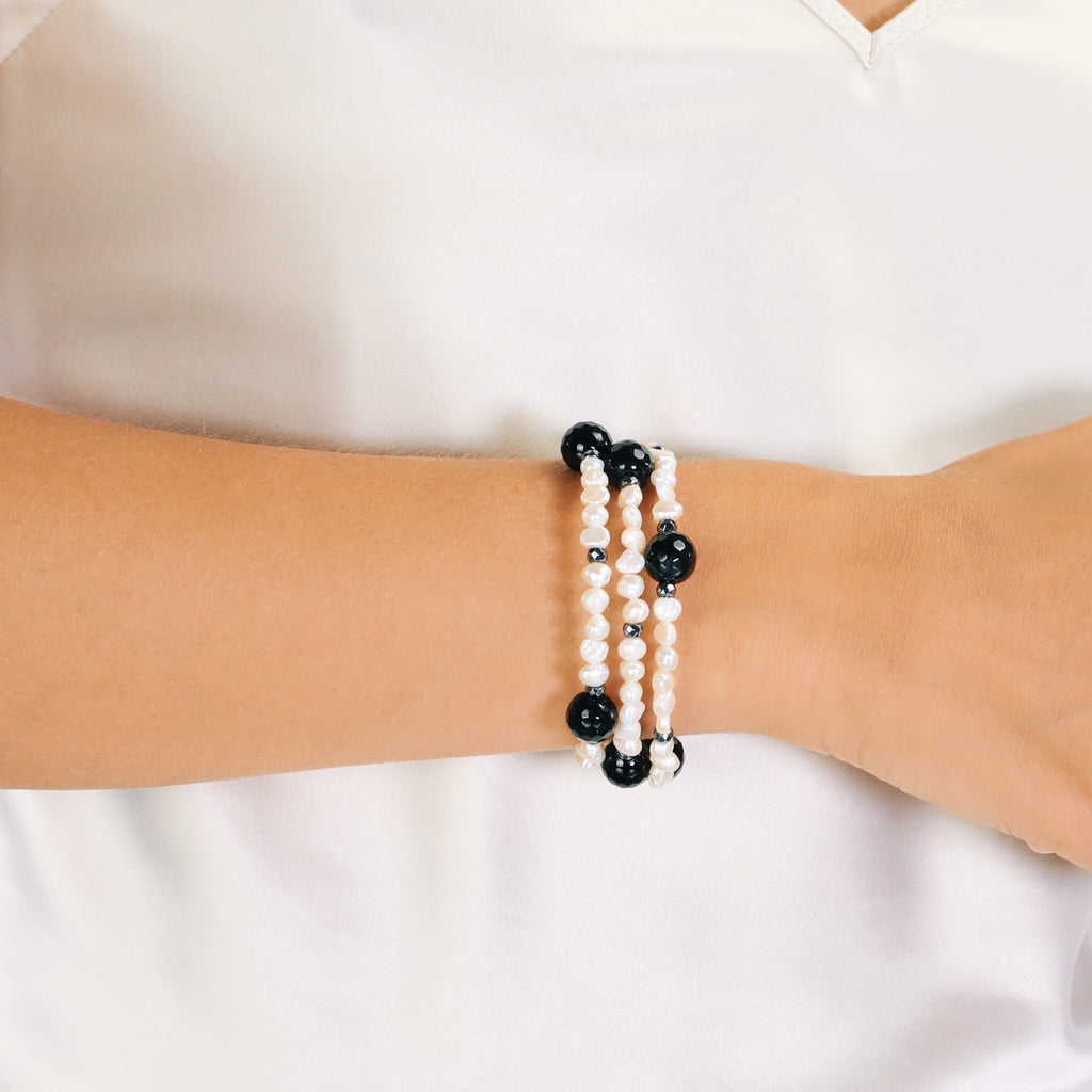 Baroque Pearl & Faceted Onyx Memory Wire Bracelet