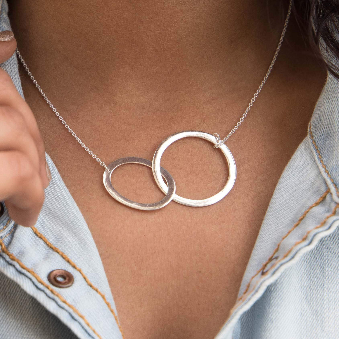 Sabyavi Pendant Gold Entwined Circle Chain Pendant Sterling Silver