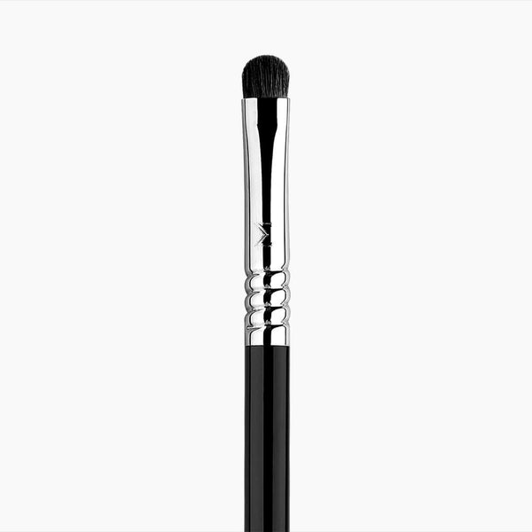 Sigma Beauty-E21 Smudge Brush-BEAUTY ON WHEELS