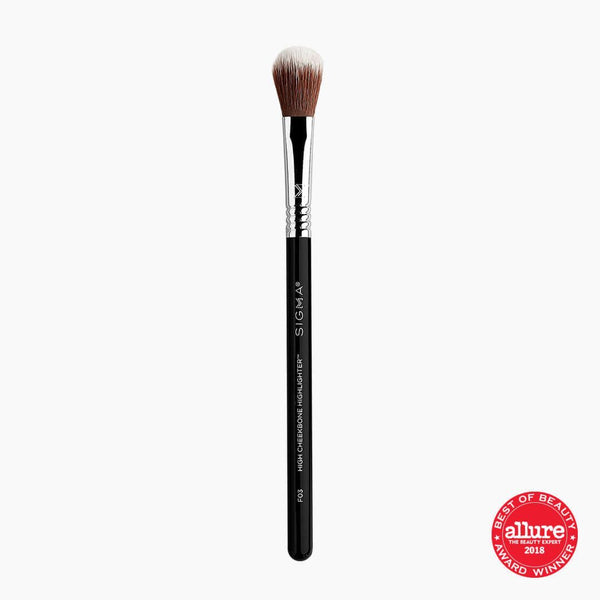 Sigma Beauty-F03 High Cheekbone Highlighter Brush-BEAUTY ON WHEELS