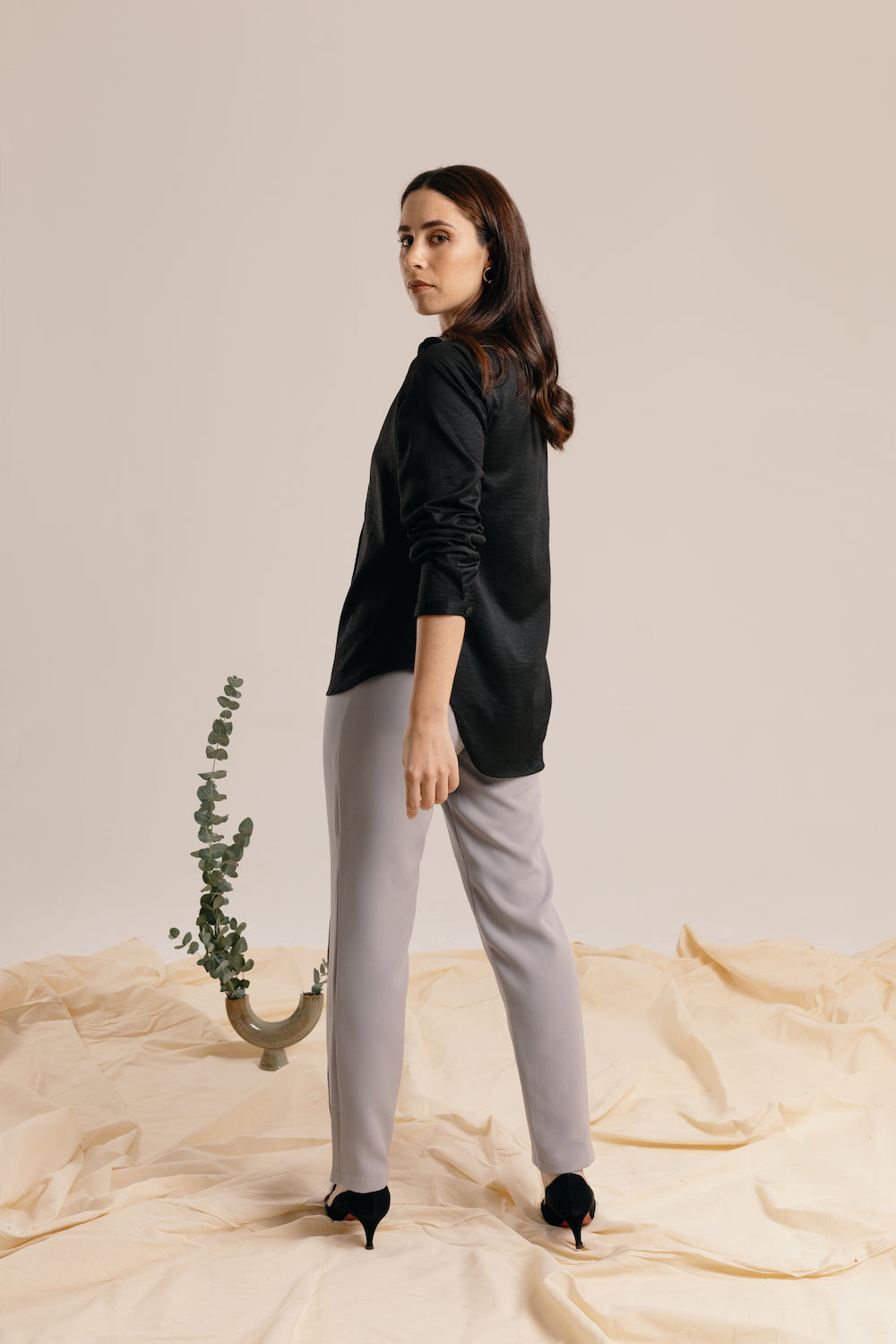 The Grey Fitted Trouser