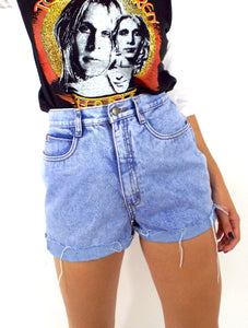 Vintage 90s Light Wash High-Waist Cut-Off Shorts -- Size 27