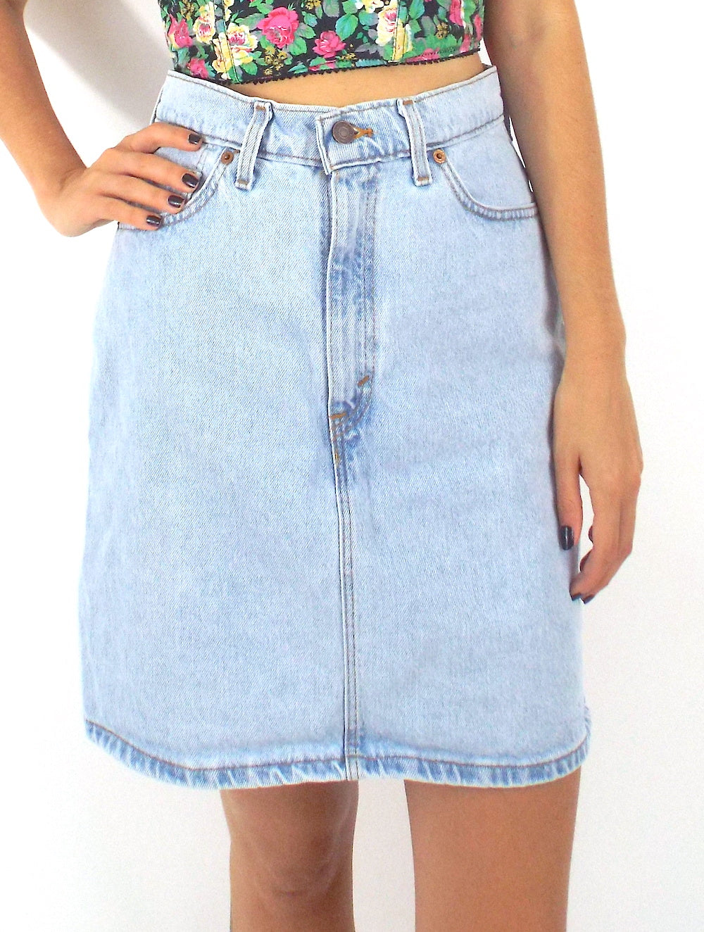 Vintage 90s Light Wash Levi's High-Waist Denim A Line Skirt Size Medium